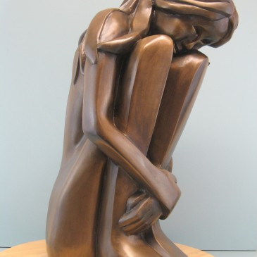 Large size sculptures in videos ( size span between 12- 41 inch~)