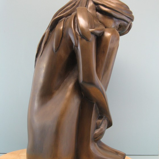 Self comfort.Bronze.20.5 H by 8 W by 10.5 inch  D. 18,000$